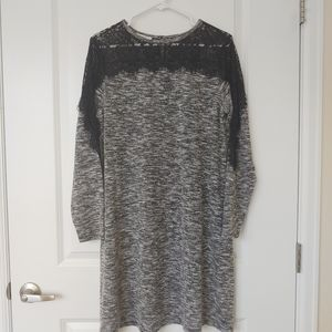 Gray t-shirt dress w/ lace details
